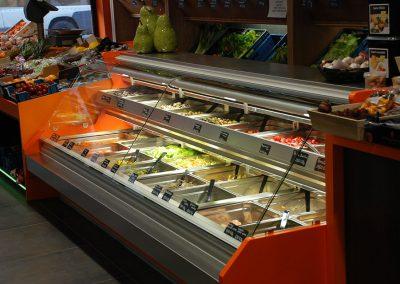 Friegel - realisatie - inrichting winkel - koeltoog