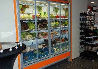 Friegel - realisaties - inrichting kleinhandel - koelwand