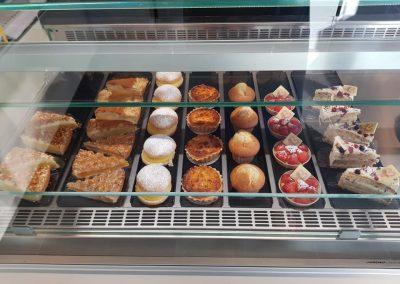 Broodjeszaak Ieper - totaalinrichting - koeltoonbank