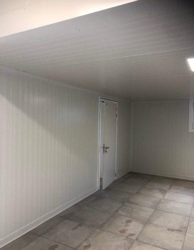 Aanbouw voor bakker - sandwichpanelen - propere ruimte